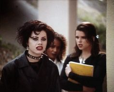 Fairuza Balk as Nancy Downs, Rachel True as Rochelle Zimmerman, and Neve Campbell as Bonnie Hyper in The Craft, 1996