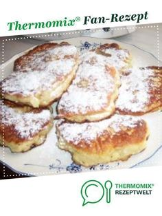 René s Hefepfannkuchen mit Apfel von Regionalrekord Rene. Ein Thermomix ® Reze… Rene s Hefepfannkuchen with apple of regional record Rene. A Thermomix ® recipe from the Baking Sweet category www.de, the Thermomix® Community. Bread Maker Recipes, Baking Recipes, Cake Recipes, Dessert Recipes, Homemade Pancakes, Pancakes Easy, Best Pancake Recipe, Thermomix Desserts, Thermomix Pancakes
