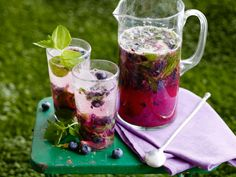 Blueberry Ginger Mojito Pitchers recipe from Tyler Florence via Food Network Mojito Pitcher, Pitcher Drinks, Summer Drinks, Cocktail Drinks, Cocktail Recipes, Drink Recipes, Fruit Recipes, Summertime Drinks, Fancy Drinks