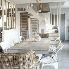 Fine Deco Chambre Theme Mer that you must know, You?re in good company if you?re looking for Deco Chambre Theme Mer Interior Design Kitchen, Modern Interior, Interior Decorating, Design Jobs, Piece A Vivre, White Rooms, Family Room, Sweet Home, New Homes