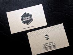 Angelo nos envía su tarjeta de visita. ¿Qué te parece?