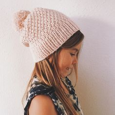 'Aglaia' is a cozy winter hat of rustic elegance.
