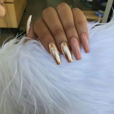 In search for some nail designs and ideas for the nails? Here's our list of 40 must-try coffin acrylic nails for stylish women. Dope Nails, Nails On Fleek, Fun Nails, Gorgeous Nails, Pretty Nails, Nail Art Designs, Nails Polish, Nagel Gel, Stiletto Nails