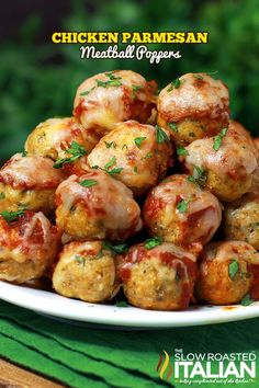 Chicken Parmesan Meatball Poppers From of meatball recipes on this site Healthy Recipes, Cooking Recipes, Oven Cooking, Turkey Recipes, Chicken Recipes, Pasta Recipes, Chicken Parmesan Meatballs, Parm Chicken, Baked Chicken