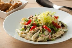 Koude pastasalade met heks'nkaas ® - heks'nkaas ® looks great and Dutch Recipes, Fish Recipes, Pasta Recipes, Salad Recipes, Dinner Recipes, Healthy Diners, Pasta Lunch, Good Food, Yummy Food