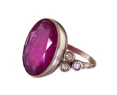 Anaconda White Gold, Red Tourmaline Oval Beauty Ring with Champagne Diamonds