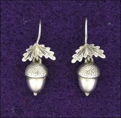 Victorian Sterling Silver Acorn Earrings from ruby lane Victorian Jewelry, Vintage Jewelry, Acorn And Oak, Magical Jewelry, Angel Wing Earrings, Fall Jewelry, Jewelry Box, Jewellery Display, Sterling Silver Jewelry