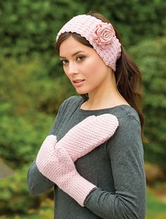 Rose headband and mittens from Crochet Pink Crochet Books, Knit Crochet, Rose Headband, Cozy Socks, Seed Stitch, Mittens Pattern, Beautiful Crochet, Crochet Projects, Charity