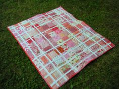 Life in the Scrapatch: The Baby Sister Quilt is Done!