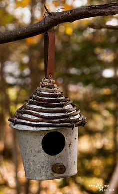 Tin Can Birdhouse - could do this with our grape vines.  Looking for Rainbows in the Moonlight.  #wm