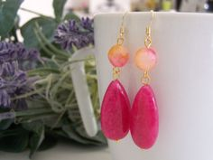 earrings handmade with silver 925 gold plated, and precious stones pink and orange jade. di SPISIDDI su Etsy