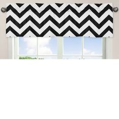 Sweet Jojo Designs' Chevron Bedding centers around a bold chevron print in black and white that goes well with any bedroom décor. This Chevron Window Valance features the print for a modern, fun look on a bedroom window. Chevron Valance, Chevron Bedding, Black And White Valance, Black White, Bathroom Window Treatments, Window Curtain Rods, Room Planning, Deco Furniture, Drapes Curtains