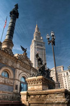 Located on Public Square in downtown Cleveland, Ohio. Soldiers' and Sailors' Monument is to Civil War soldiers and sailors from Cuyahoga County, Ohio. It was designed by Levi Scofield and opened in Downtown Cleveland, Cleveland Rocks, Cincinnati, Bar Lounge, The Buckeye State, Museum, Columbus Ohio, Best Location, Paisajes