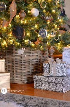Ιδέες για να καλύψετε την ΒΑΣΗ του χριστουγεννιάτικου δέντρου | ΣΟΥΛΟΥΠΩΣΕ ΤΟ