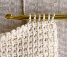 Tunisian Crochet Basics - the purl bee тунисское вязание Crochet Basics, Knit Or Crochet, Learn To Crochet, Crochet Crafts, Crochet Hooks, Knitting Basics, Single Crochet, Crochet Mittens, Crochet Flower
