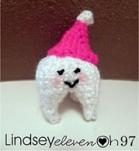 Super cute little tooth wearing a beanie!   A perfect reward after a visit to the dentist ;)   {free crochet pattern here}