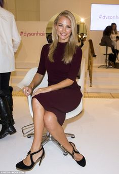 Anna Heinrich.. CAMILLA AND MARC dress, and Seed Heritage heels.. Celebrity Fashion Looks, Celebrity Style, Rachel Riley Legs, Anna Heinrich, Blow Dry, Her Hair, Hair Cuts, Stylish, Celebrities