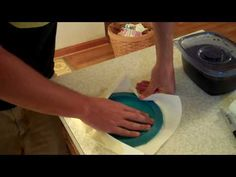 Here is a pretty simple process of dyeing a disc golf disc. This video is part 1 of 2 parts. Recorded using a Flip UltraHD. If you're going to use a photogra. Woods Golf, Golf Videos, Golf Quotes, Golf Humor, Disc Golf, Golf Fashion, Ladies Golf, Golf Ball, Golf Clubs