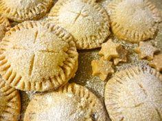 Apple Pie Cookies vegan apple pie cookies http://kuechenmamsell.blogspot.de/2013/12/apple-pie-cookies.html