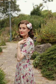 1940s vintage outfit via www.lovebirdsvintage.co.uk vintage blogger
