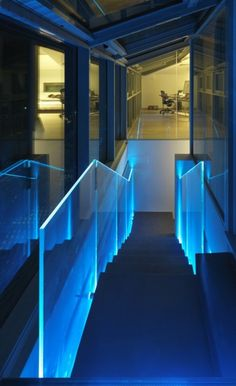 edge lighting staircase
