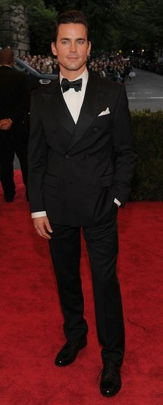 What is it about a man in a tux?!!  Makes him even more devastatingly handsome!!