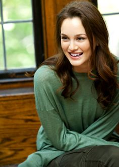American Actress Leighton Meester Full HD Pictures & Wallpapers - All About Gossip Girls, Gossip Girl Fashion, Leighton Meester, Ariana Grande, Celebrity Portraits, Blair Waldorf, Hd Picture, Queen B, Hollywood Celebrities