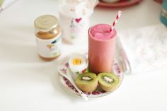 Boiled egg, kiwi, rice cake w peanut butter, strawberry/banana smoothie