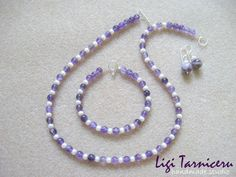 Jewelry set made of 6 and amethyst spheres, white freshwater pearls and 925 sterling silver. Pearl Necklace, Beaded Necklace, White Freshwater Pearl, Pearl Set, Fresh Water, Amethyst, Sterling Silver, Studio, Bracelets