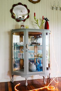 """1950's curved glass cabinet in Annie Sloan chalk pint """"French linen"""""""