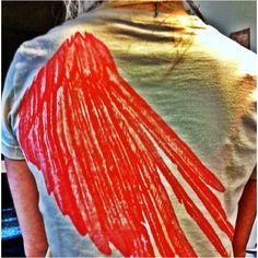 Oversized wings. #wings