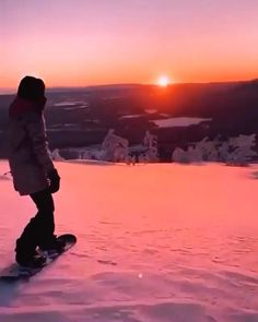 Snowboarding Videos, Nature Photography, Travel Photography, Beautiful Nature Scenes, Applis Photo, Surfer, Snow Skiing, Snowboards, Beautiful Places To Travel