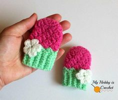 Blooming Berry Baby Mitten Pattern/ easy / FREE CROCHET pattern / this matches the Strawberry bloom hat & blooming berry baby booties