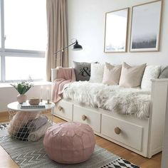 New room decor diy ideas bedrooms pillows Ideas Daybed Room, Ikea Hemnes Daybed, Hemnes Day Bed, Bed Rooms, Daybed In Living Room, Daybed Bedding, Room Interior, Interior Design, Girl Bedroom Designs