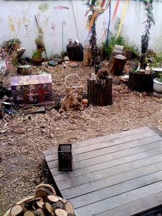 Nailing old fence pailings to a pallet to make a garden platform Teacher Tom