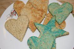 Familiemat -Havrekjeks - Idebank for småbarnsforeldre Norwegian Food, Oat Cookies, Gingerbread Cookies, Baking, Desserts, Recipes, Cakes, Oatmeal Raisin Cookies, Gingerbread Cupcakes