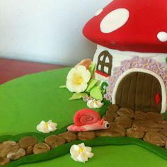 Zea's Fairy Garden Mushroom House Cake... | thread blossom