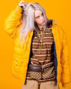 Billie Eilish loves a Yellow Jacket and it fits her just right with a Gucci bel Belt Bag Outfit bel Billie Eilish Fits Gucci jacket loves yellow Billie Eilish, Indie, Girly, Glamour, American Singers, My Idol, Videos, Celebs, Winter Jackets
