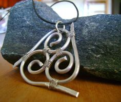 Celtic Triskele Wire Pendant by BohemianBeading on Etsy #Wire #Wirework