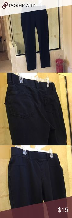 """Lands End yoga pants Size M (10/12). Worn once. Pristine condition. Approximately 29 1/2"""" inseam. Black. Pull-on pants; no pockets. Lands' End Pants Straight Leg"""