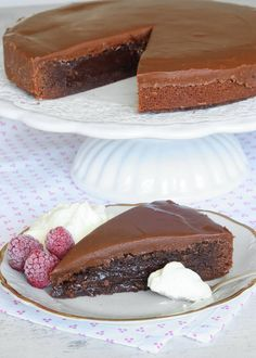 kolatårta4 No Bake Desserts, Delicious Desserts, Dessert Recipes, Baking Recipes, Cookie Recipes, Swedish Recipes, My Dessert, Delicious Chocolate, No Bake Cake
