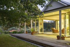 Houses & Gardens Article: A country homestead - NZ House & Garden