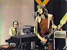"""Groovy Movies: Todd Rundgren """"Couldn't I Just Tell You"""" LIVE on U.S. TV ..."""