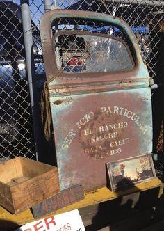 """Servicio Particular"" truck door Farm Trucks, Gmc Trucks, Antique Trucks, Vintage Trucks, Long Beach Antique Market, Truck Lettering, Door Signage, Police, Truck Signs"