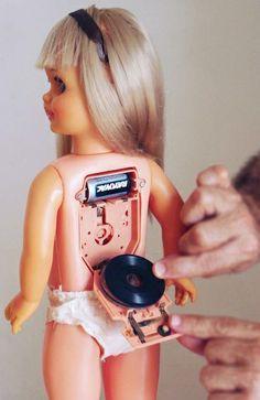 wow deze pop was fantastische met haar cd schijfjes!! wat heb ik hier veel mee gespeeld
