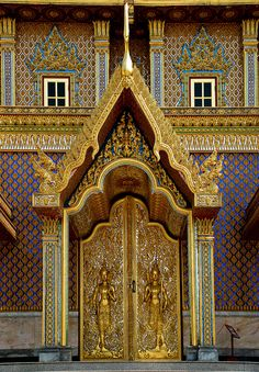 Temple Door,Thailand,Uthai Thani