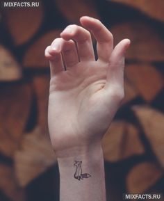 Маленькие татуировки для девушек