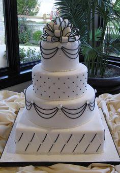 Bling wedding cake - Alb si Negru  - Elegant!