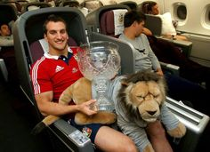 Lions' Captain Sam Warburton & BIL share the minding duties of the Tom Richards Trophy Rugby Quotes, Best Beaches In Europe, British And Irish Lions, Rugby Games, Wales Rugby, Rugby Players, Abs, Welsh, Grown Man