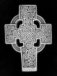 9th Century Celtic Cross, Class II Pictish Monuments In Scotland. Found  Around 1850 In The River Tay Near Perth, It Consists Of A Central Nest Ou2026